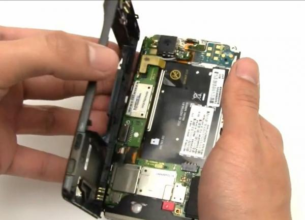 Motorola Droid X Teardown & Repair Video Directions